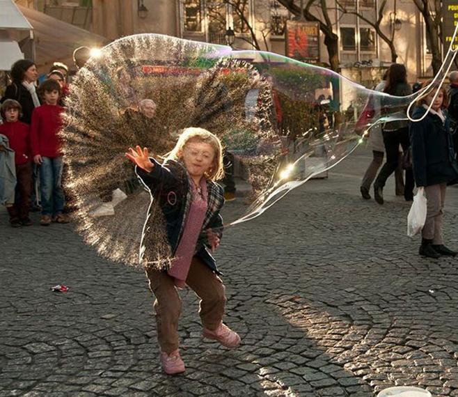 Das kurze Leben einer Seifenblase