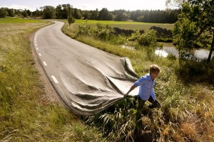Copyright by Erik Johansson